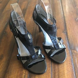Bandolino Black Strappy Heeled Sandals Size 8